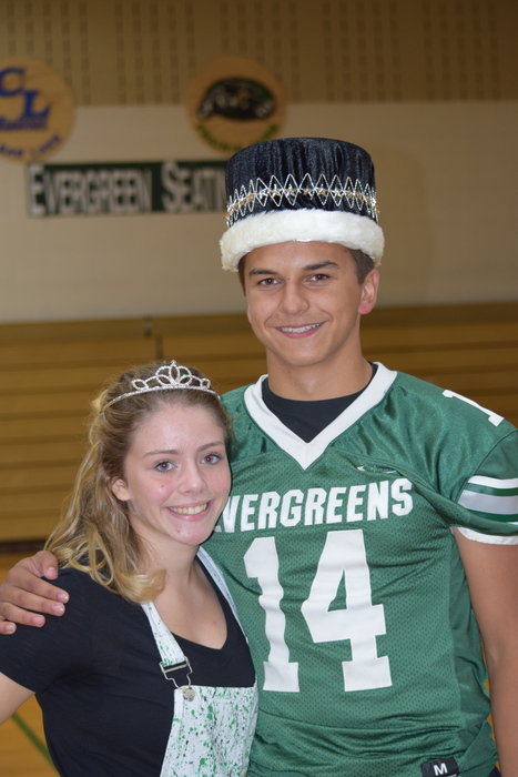 Homecoming Queen Kayla Schultz & King Collin Krmpotich